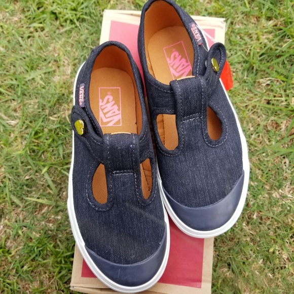 6bec7b9913ae6d NEW Leena Vans Shoes